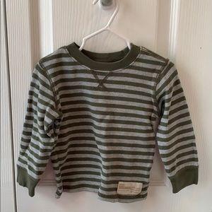 Toddler boy thermal shirt. Carter's.